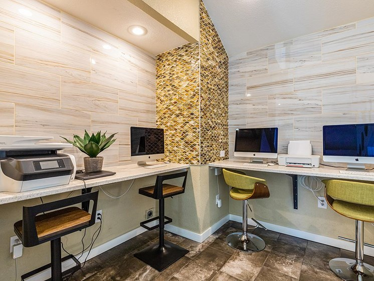 Velo | Denver, CO Apartments | CoWorking Space