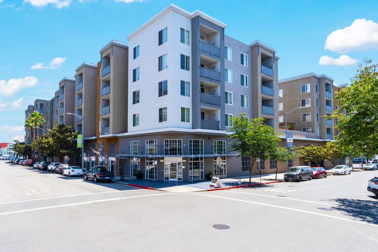 Luxury Apartment Homes for Rent at Allegro at Jack London Square, 240 3rd Street, Oakland