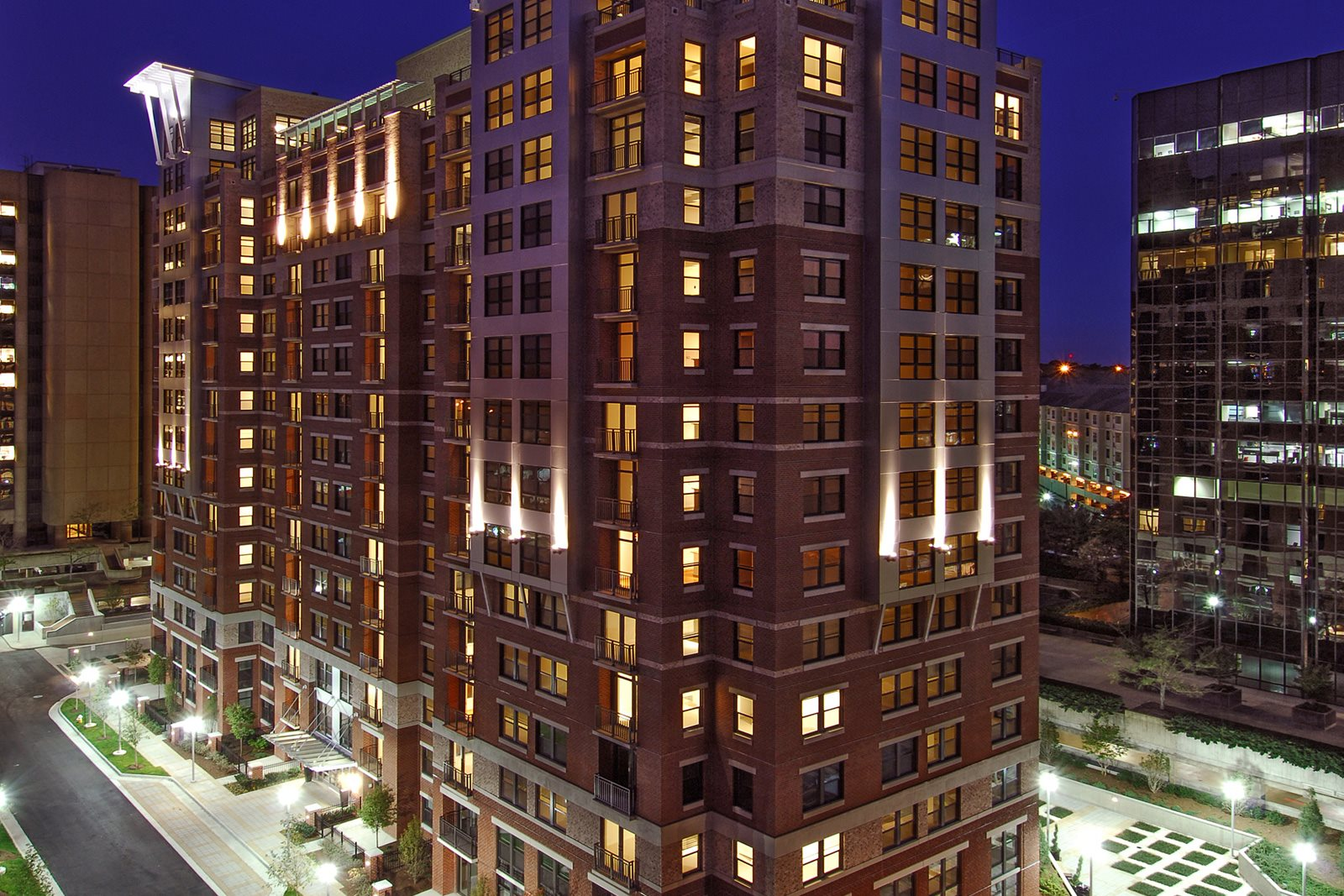 Enjoy the Life of Luxury at Halstead Tower by Windsor, 4380 King Street, Alexandria