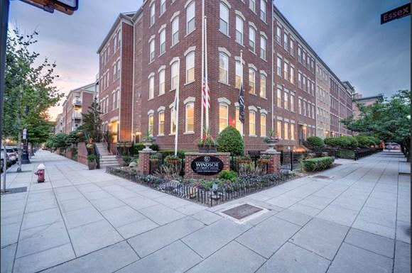 Windsor At Liberty House Apartments 115 Morris Street Jersey City Nj Rentcafe