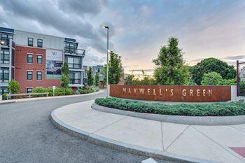 1 Maxwells Green Studio Apartment for Rent Photo Gallery 1