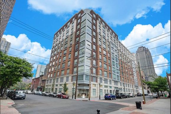 Warren At York By Windsor Apartments 120 York St Jersey City Nj Rentcafe