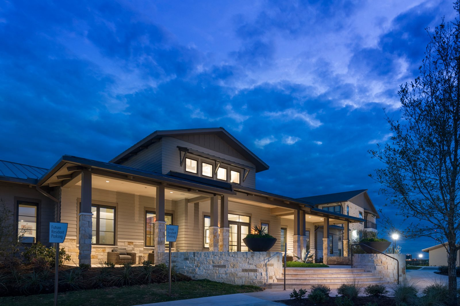 Renovated Apartment Homes Available at Windsor Lantana Hills, 6601 Rialto Blvd, Austin
