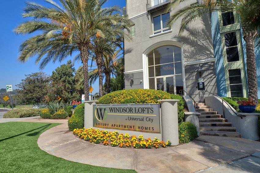 Studio City Apartment Entrance at Windsor Lofts at Universal City, 4055 Lankershim Blvd., Studio City