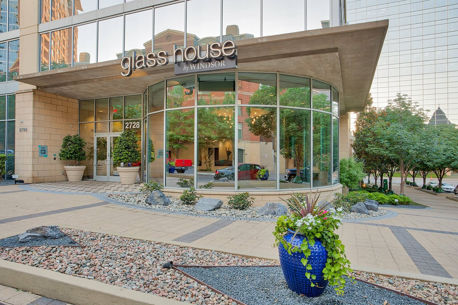 Professionally Managed Community at Glass House by Windsor, Dallas, Texas