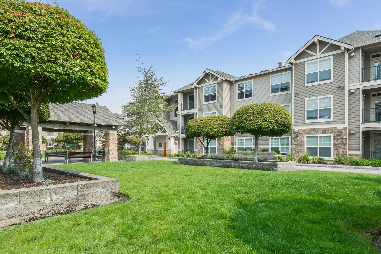 Expansive Community Spaces at Reflections by Windsor, Washington, 98052