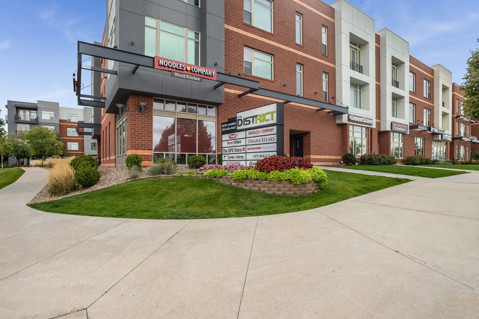 The District, Denver, CO,80222 is a Resort Style Community