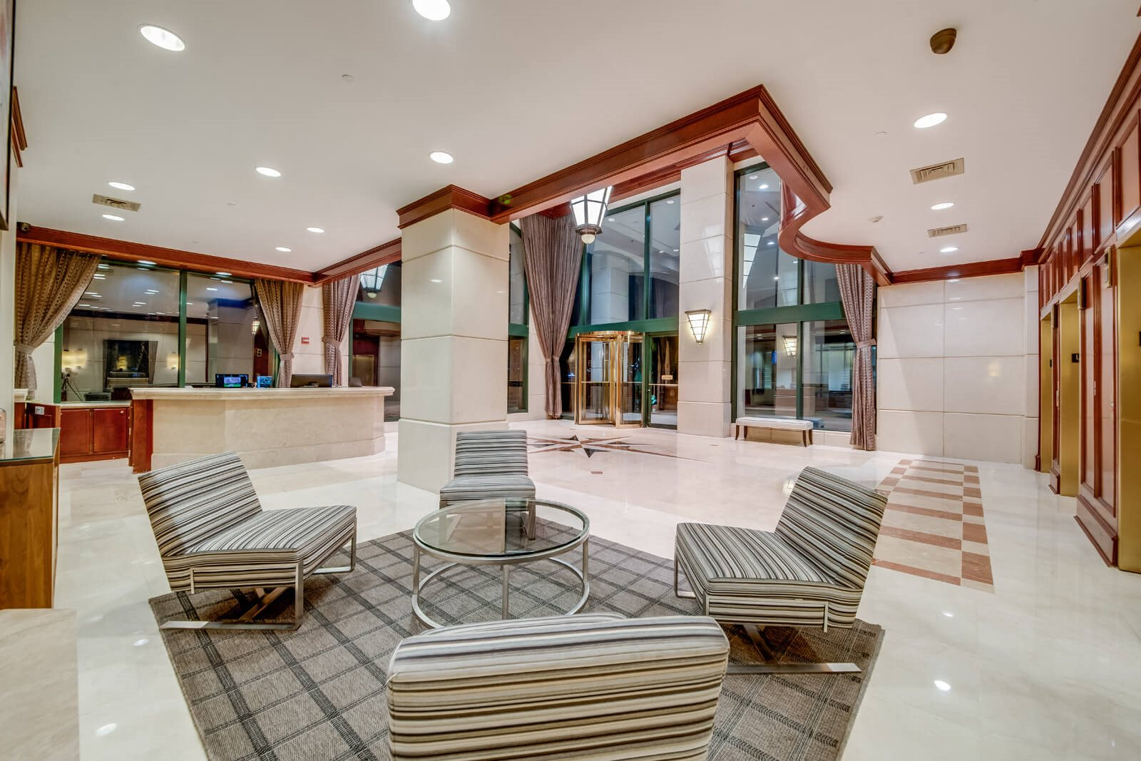 Expansive Lobby at Windsor at Mariners, 100 Tower Dr., Edgewater
