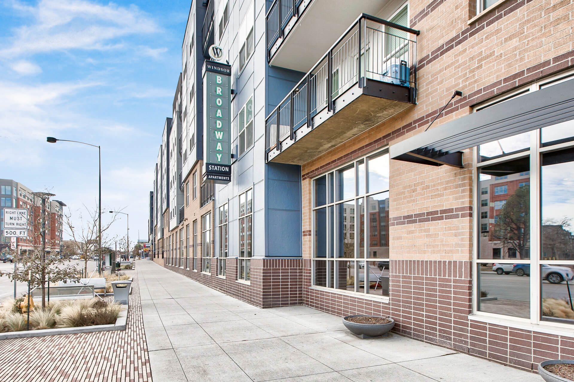 Large Leasing Office Open 7 Days a Week at Windsor at Broadway Station, Denver, Colorado