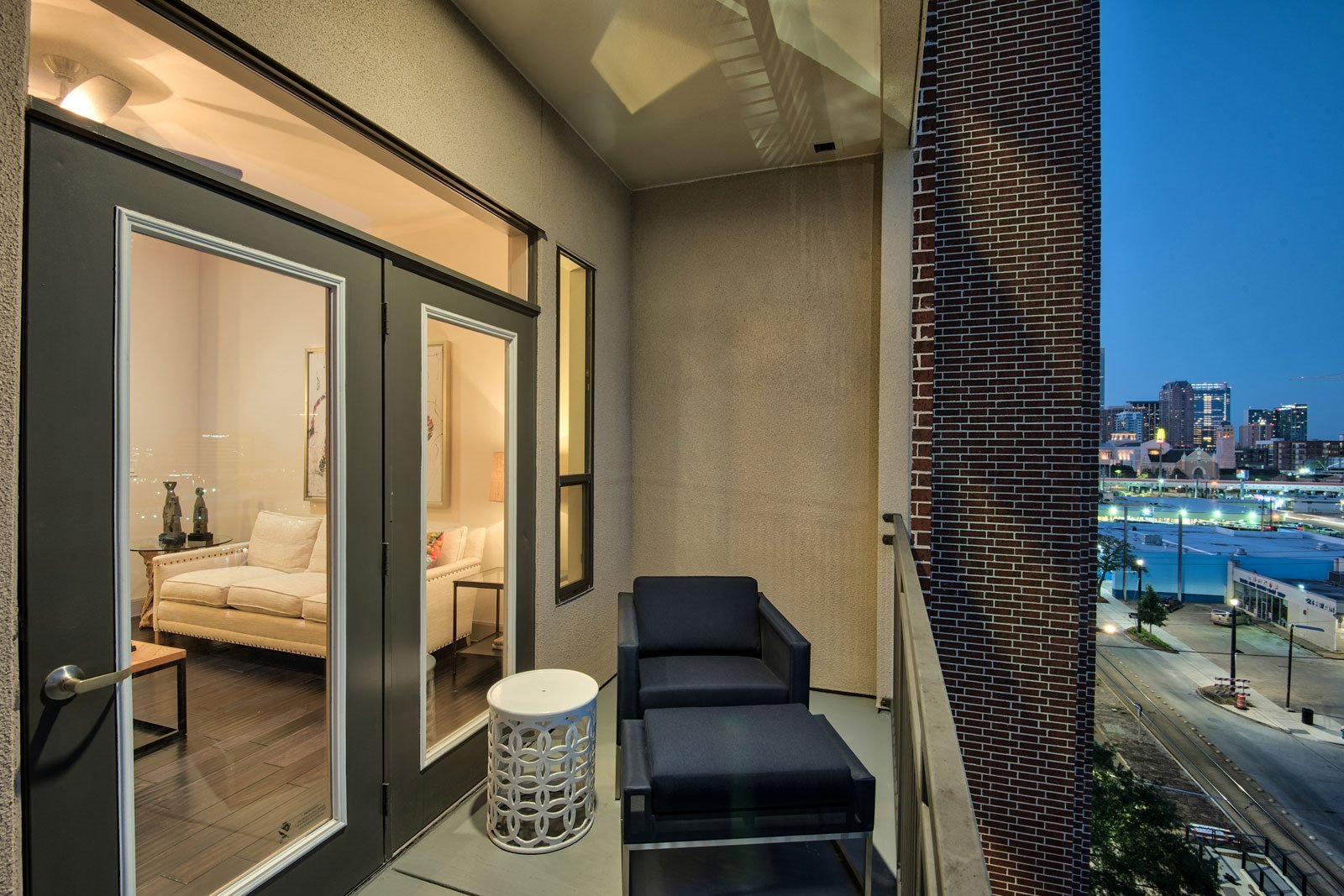 Private Balconies Available at Midtown Houston by Windsor, 2310 Main Street, Houston