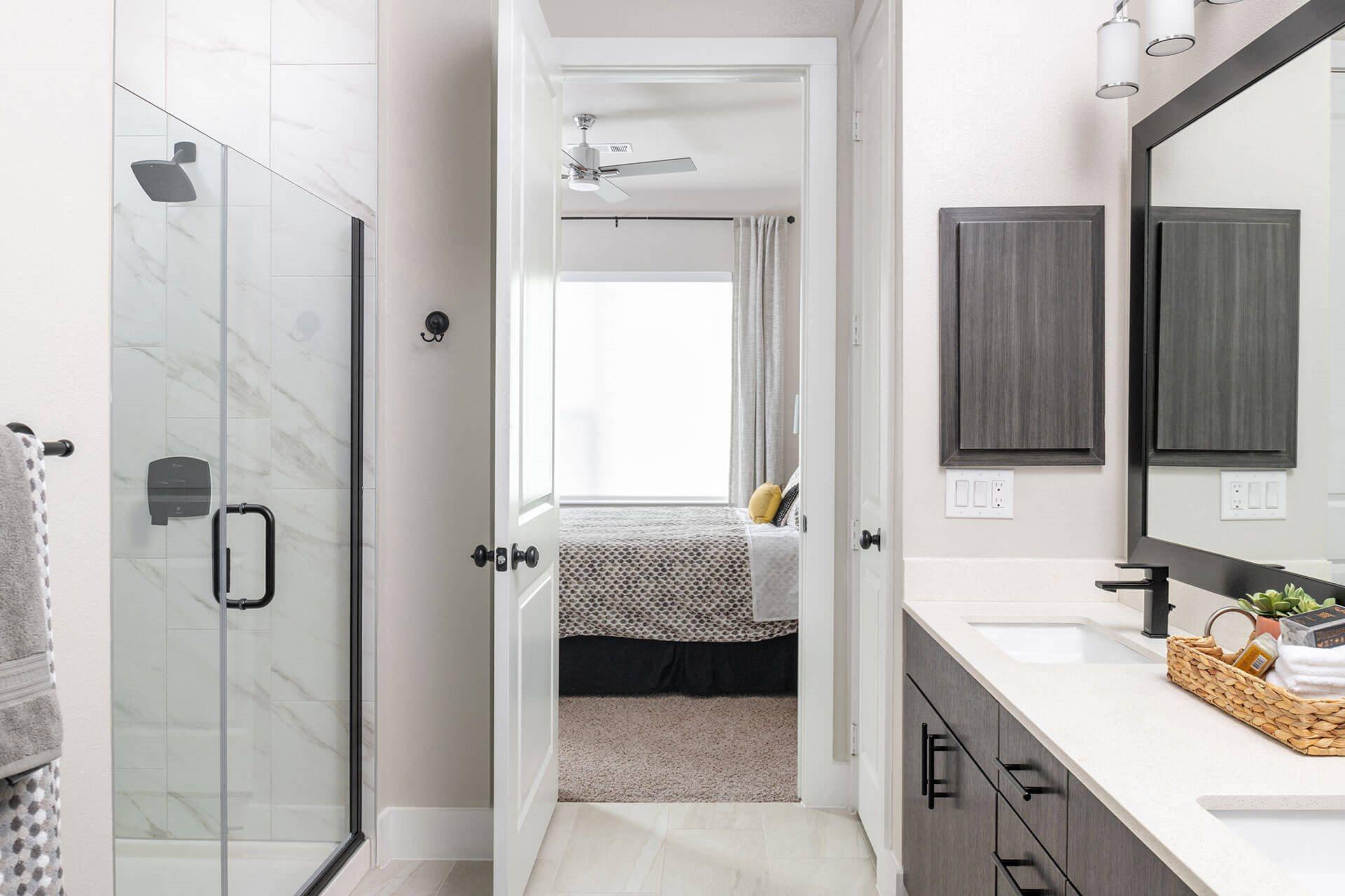 Stand Up Showers in Bathroom at Windsor Burnet, 10301 Burnet Rd, Austin