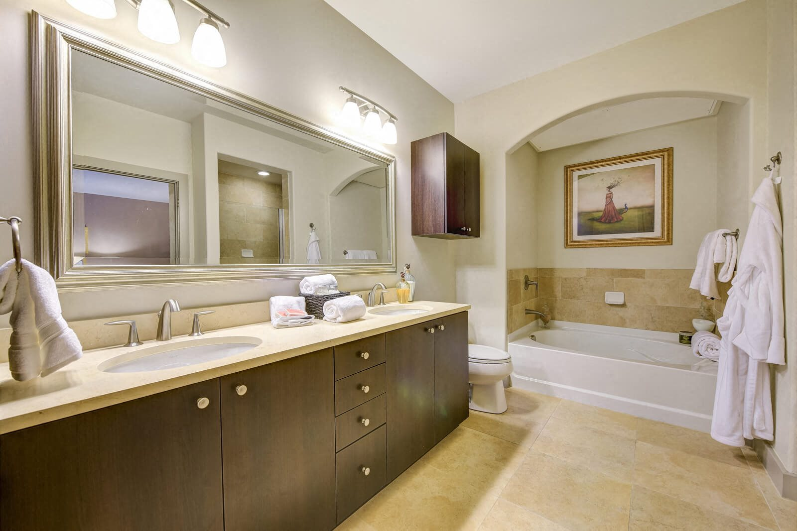 Large Soaking Tubs with Arch Entry at Windsor at Cambridge Park, Cambridge, MA