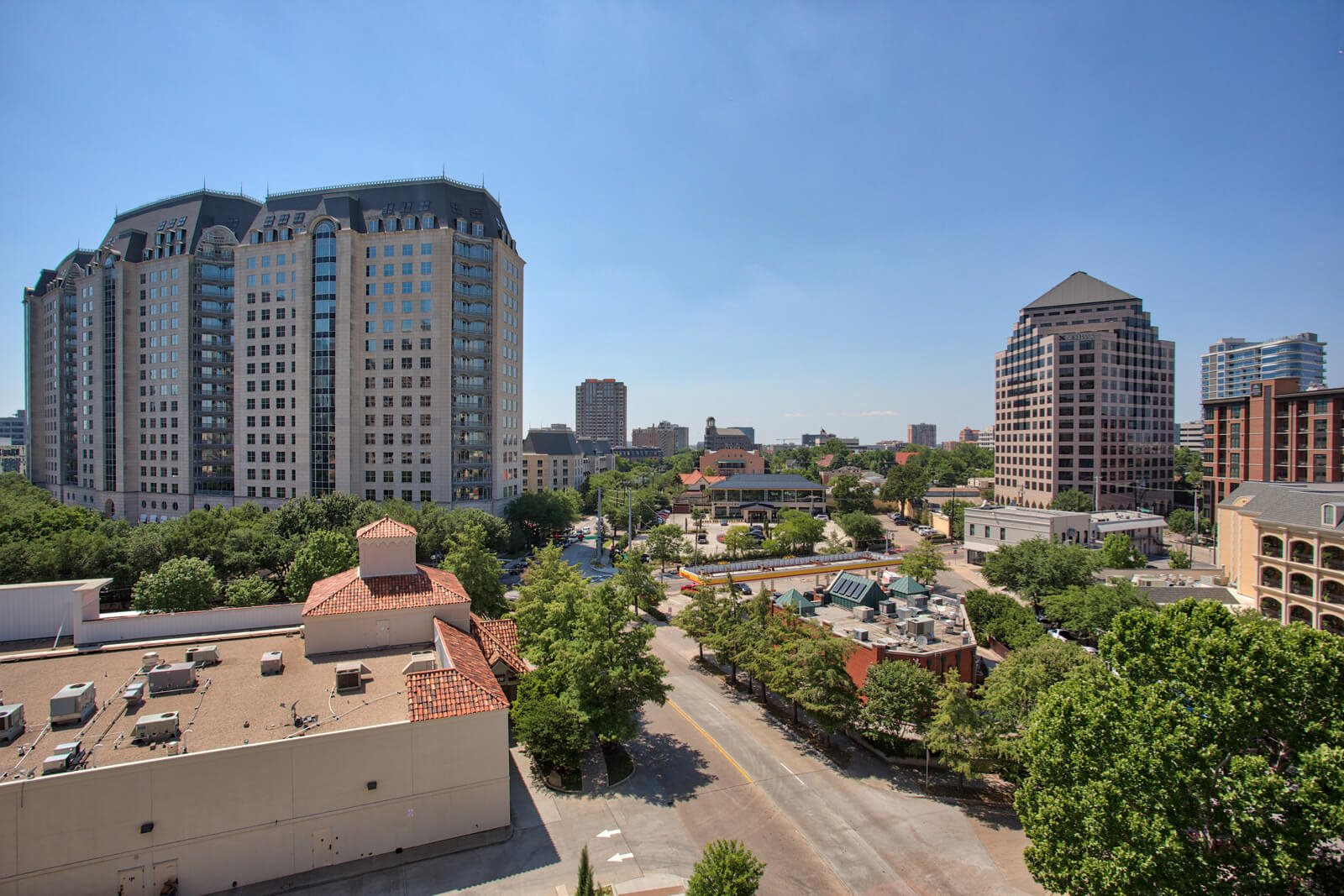 Enjoy City Views from Apartments and Amenity Spaces at The Jordan by Windsor, 2355 Thomas Ave, TX