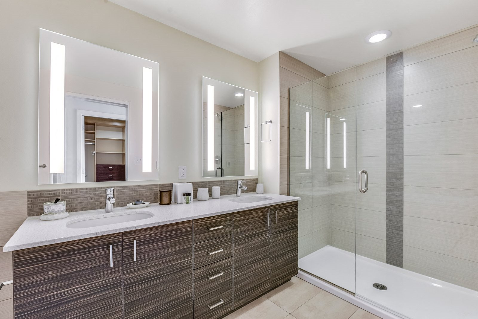 Luxury Bathroom with Quartz Countertops at The Martin, 2105 5th Ave, Seattle