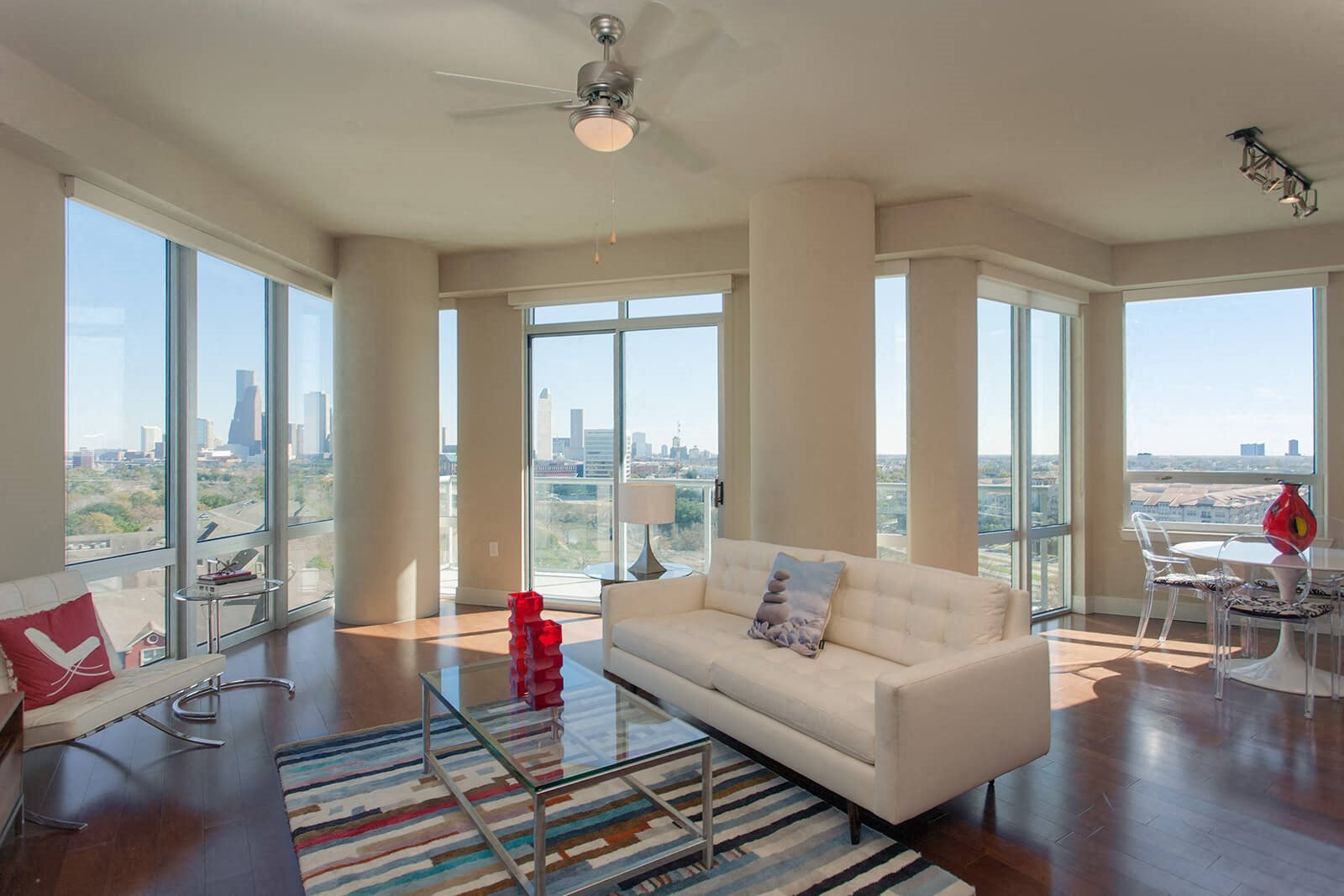 Floor-to-Ceiling Windows at Memorial by Windsor, 77007, TX