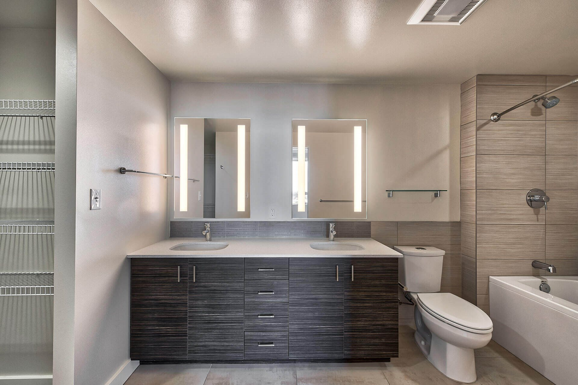 Heated Floor in Master Bath at The Martin, 2105 5th Ave, WA
