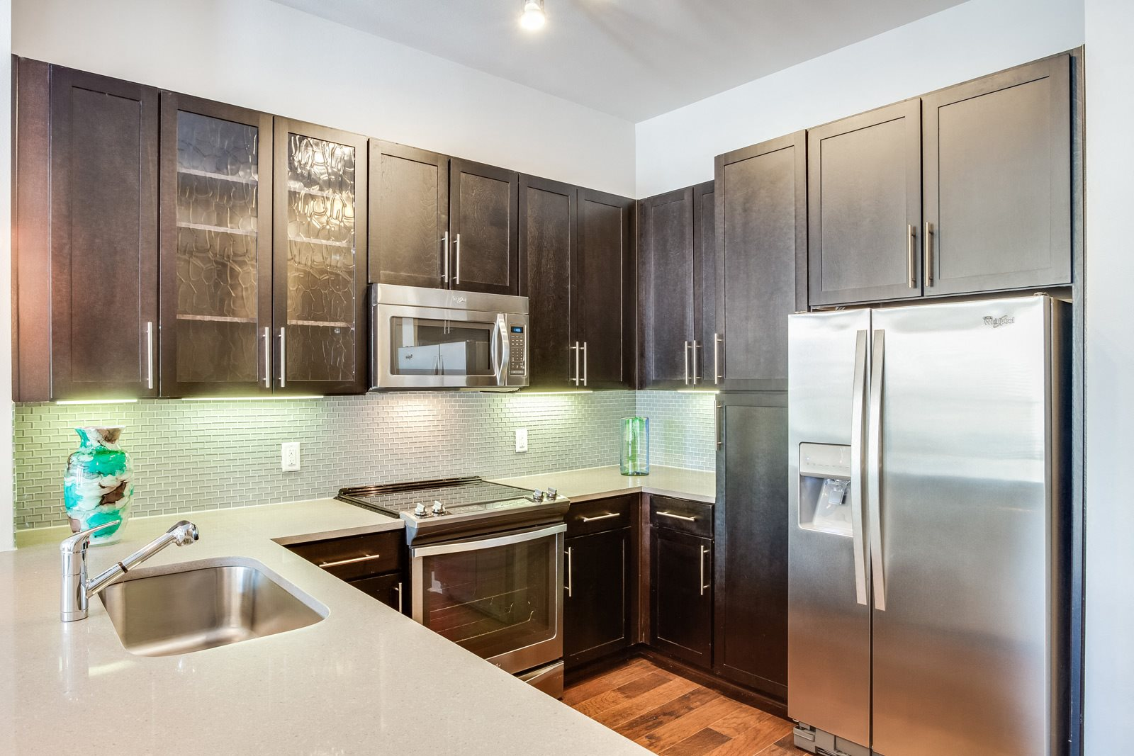 Upscale Stainless Steel Appliances at Windsor CityLine, Richardson, TX