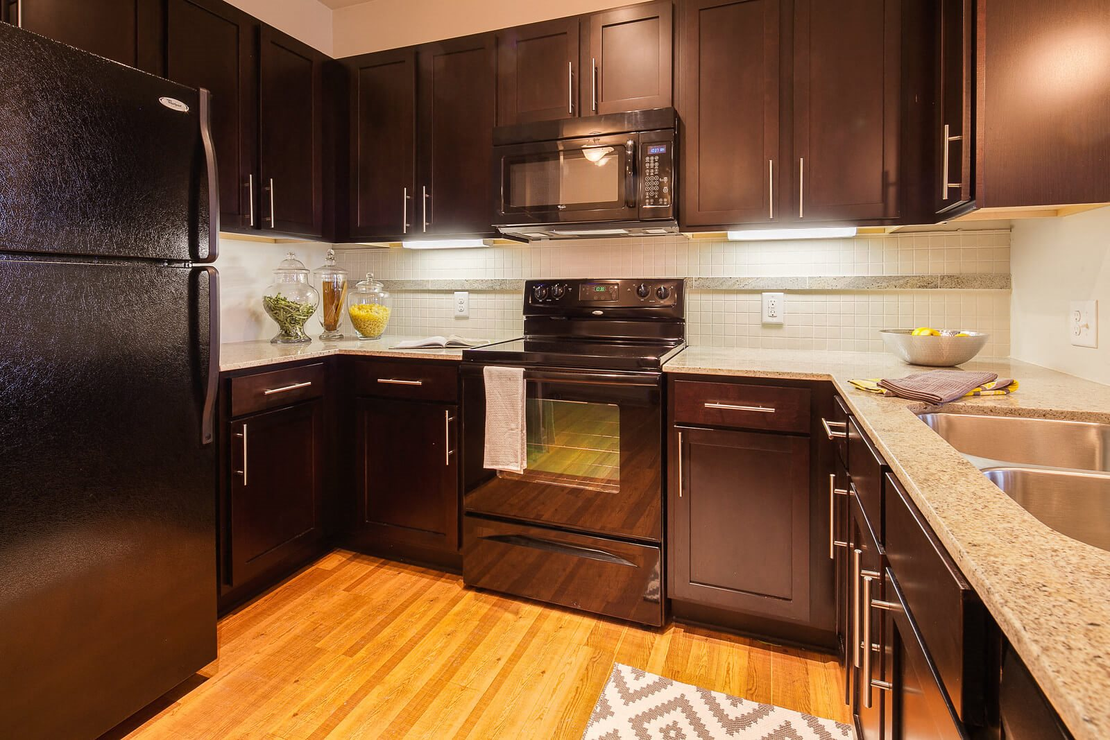 Chef-Inspired Kitchens at Windsor at Glenridge, Sandy Springs, GA