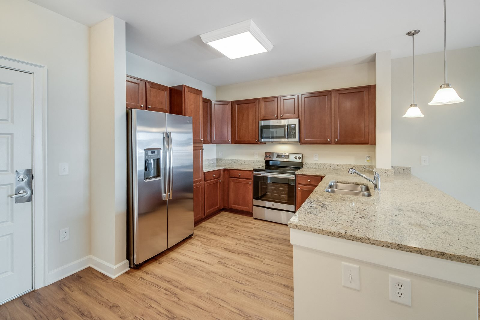 Open Concept Kitchens with Granite Counertops at Windsor at Brookhaven, Georgia, 30319