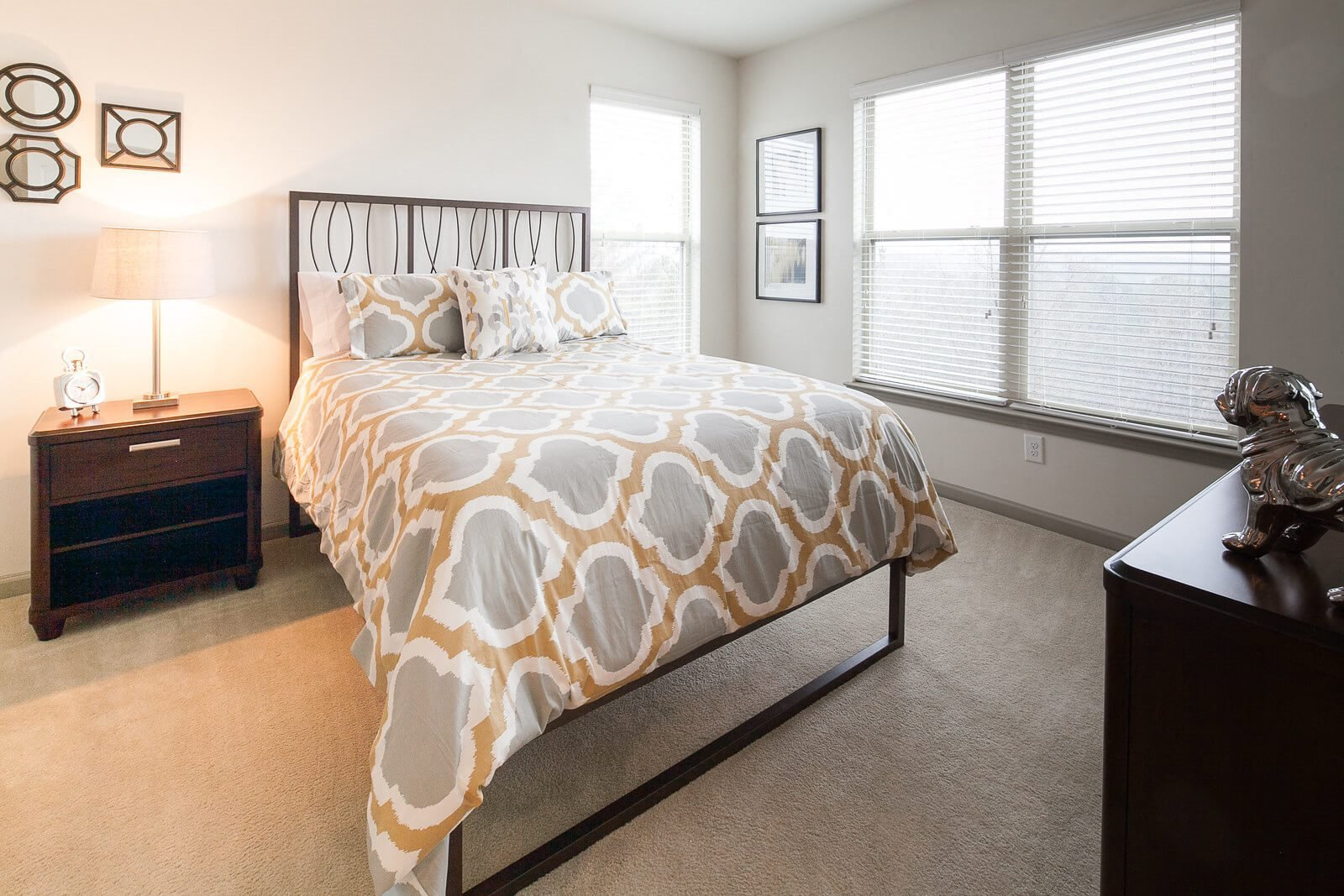 Beautiful Bright Bedroom at Windsor at Glenridge, 30342, GA