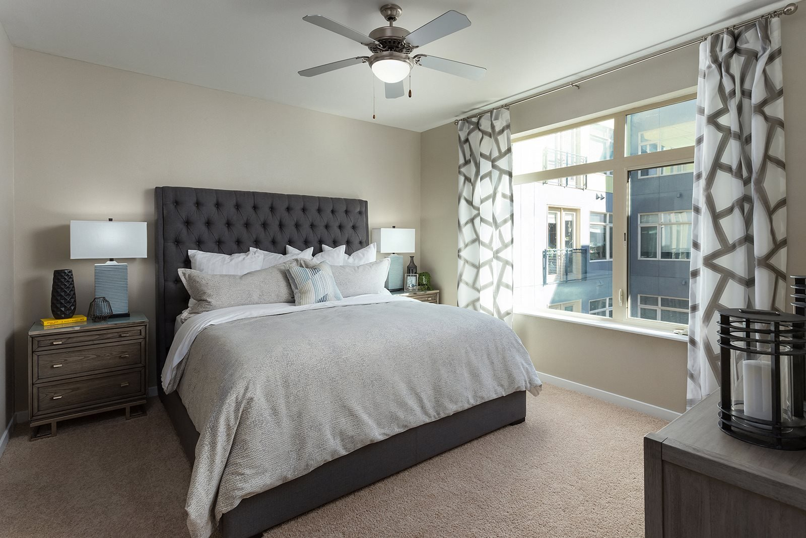The District, Denver, CO,80222 has Live in cozy bedrooms