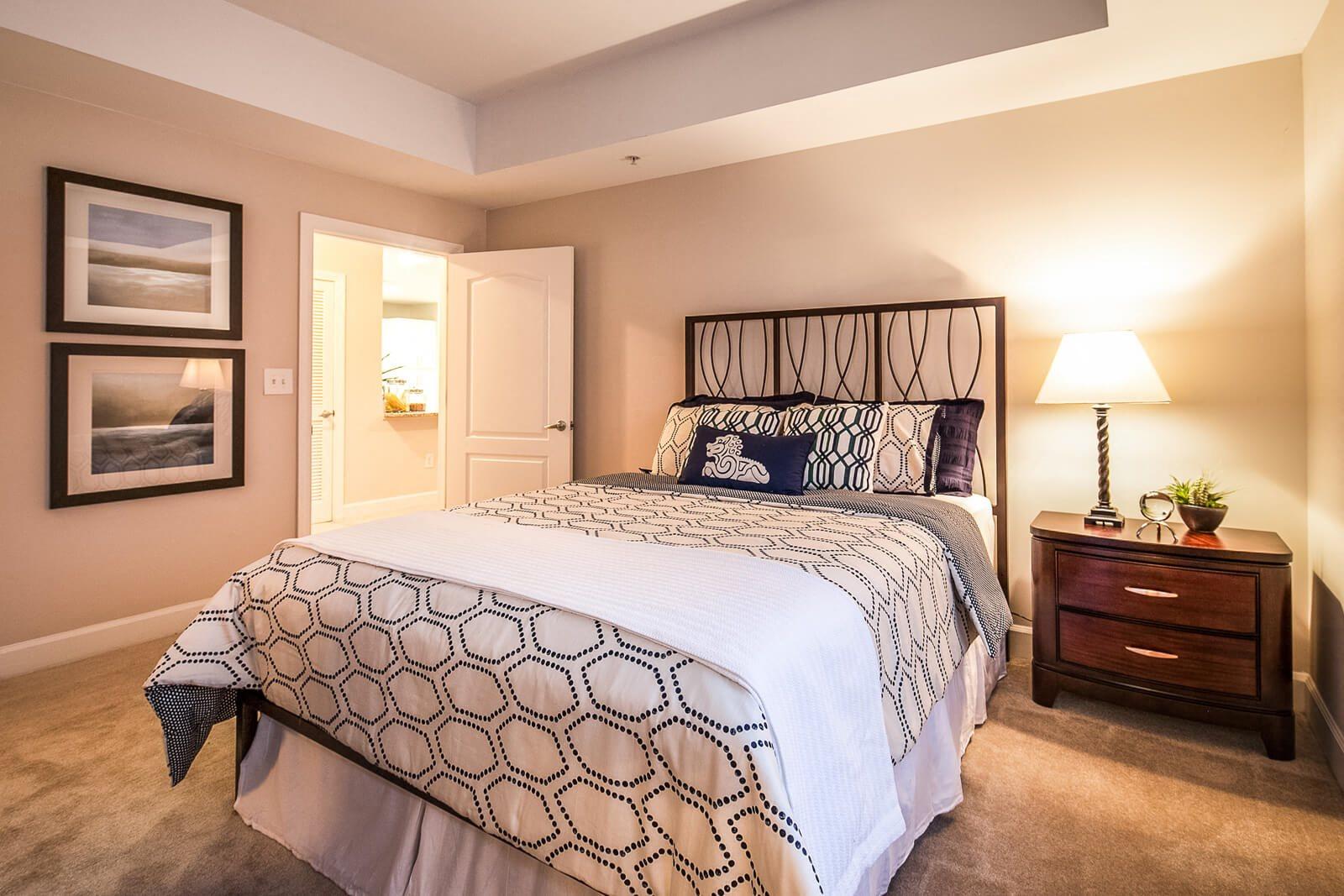 Large Guest Bedrooms at Windsor at Midtown, 222 14th Street NE, Atlanta