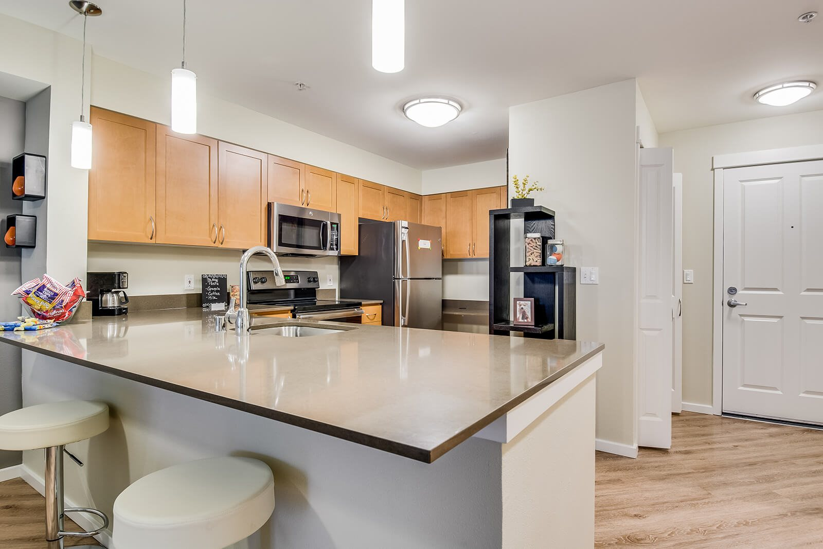 Fully Equipped Kitchen at Tera Apartments, 98033, WA