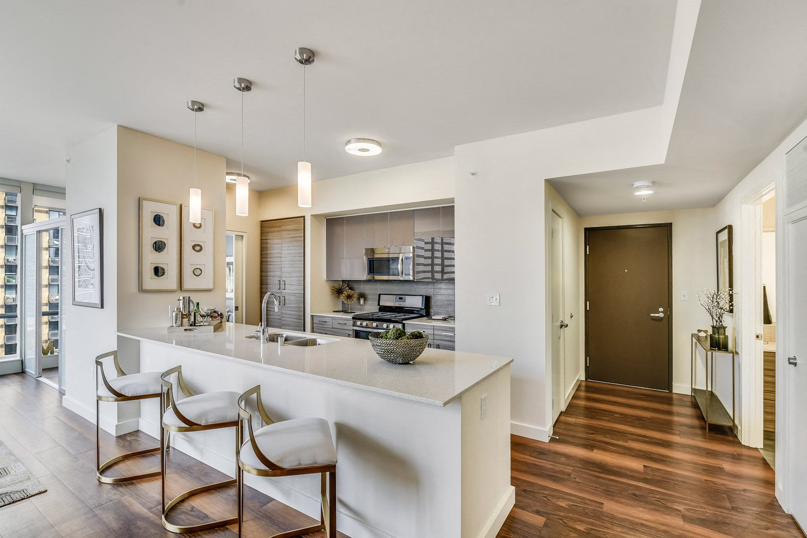 Modern, Designer Kitchens at The Martin, 2105 5th Ave, Seattle