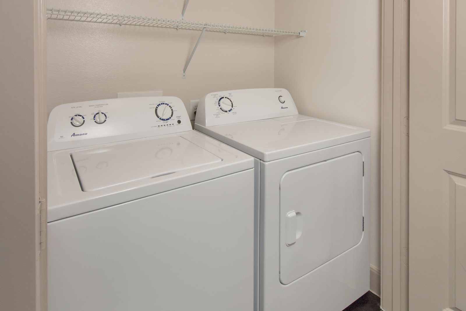 Full-Size Washers and Dryers at Midtown Houston by Windsor, Houston, TX