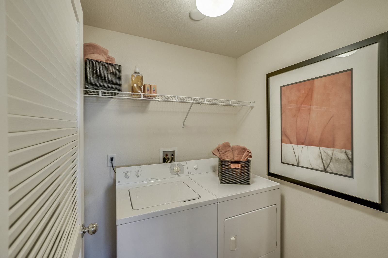 In-Home Washer and Dryer at Windsor at Meadow Hills, 4260 South Cimarron Way, CO