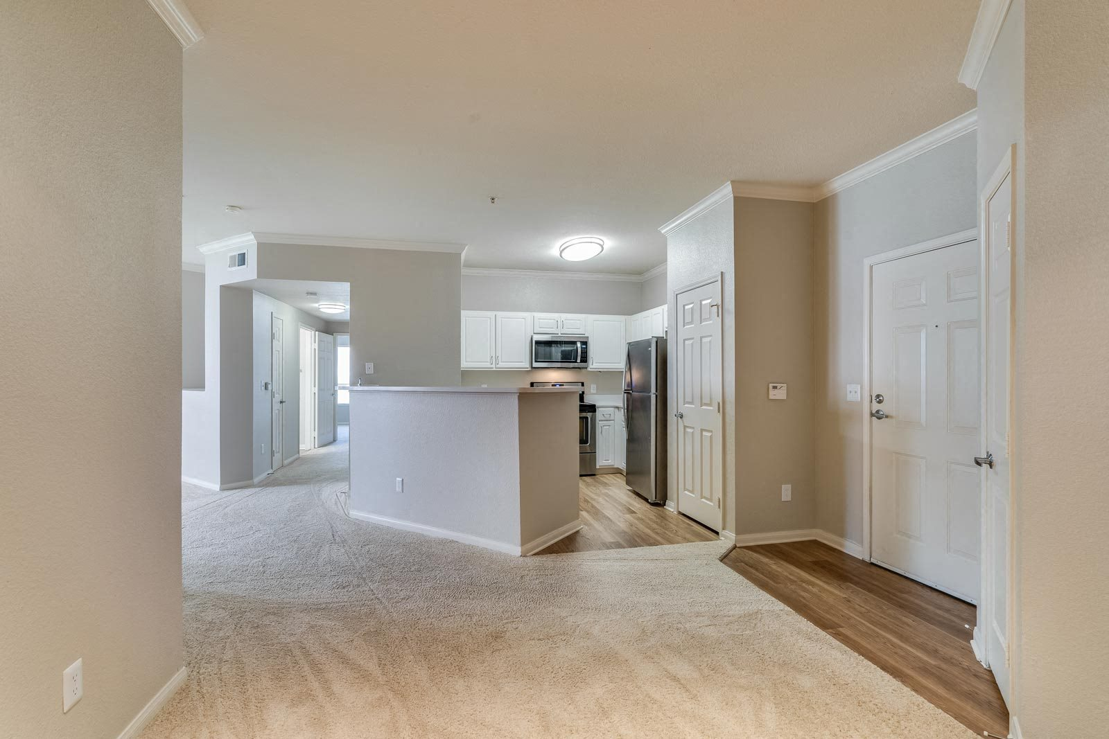 Hardwood Flooring in Kitchen and Entryway at Windsor at Redwood Creek, 600 Rohnert Park Expressway West, Rohnert Park