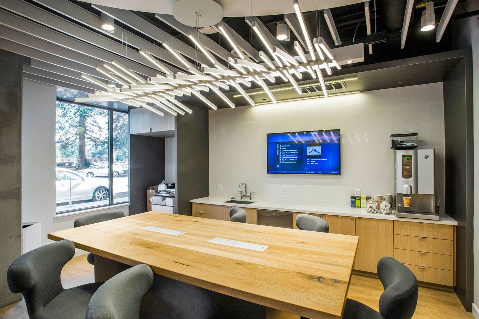Shared Workspace at The Marston by Windsor, 825 Marshall Street, CA
