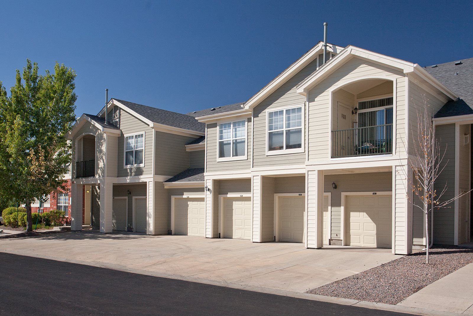 Private Garages Available at Windsor at Meadow Hills 4260 South Cimarron Way, CO
