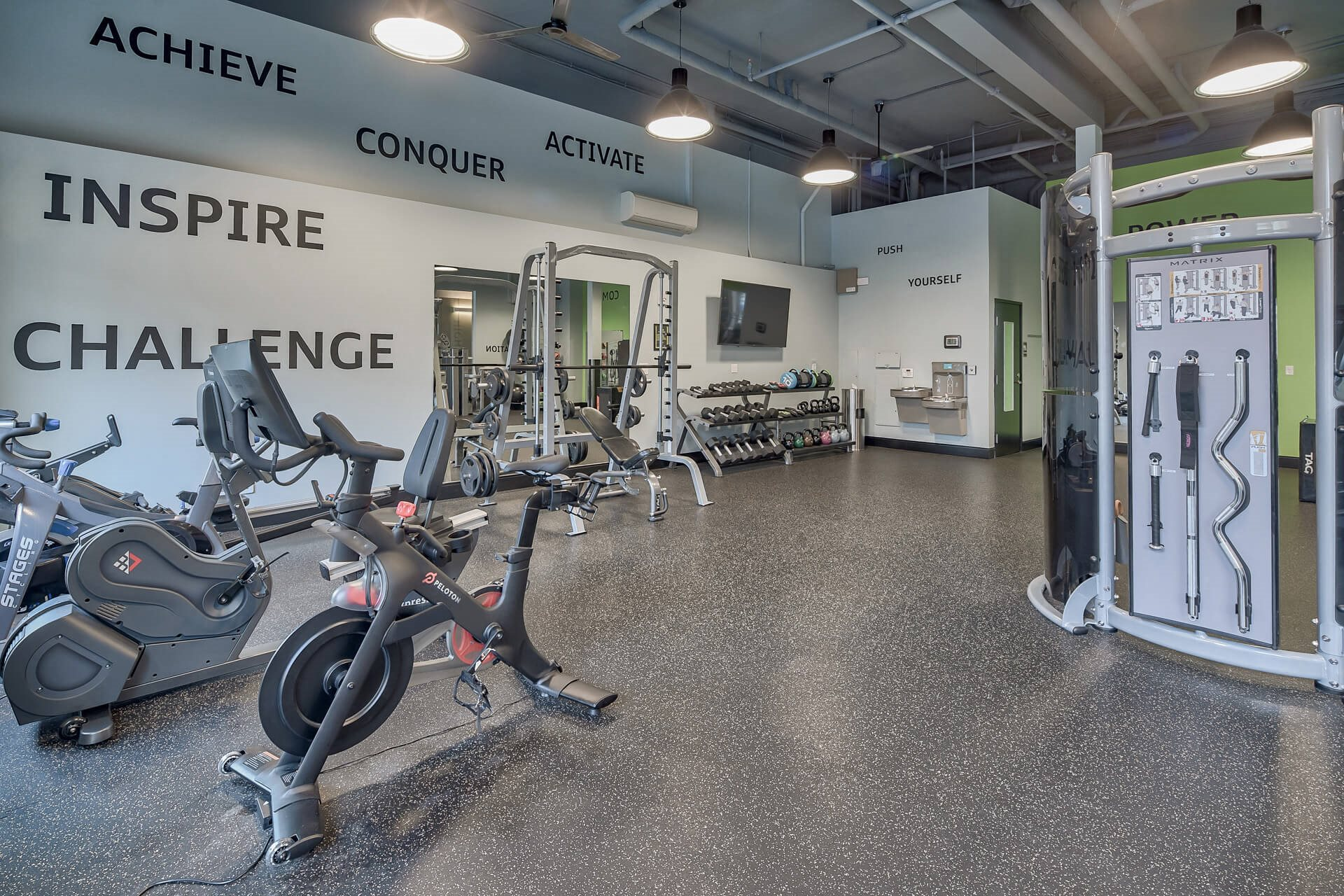 24-Hour Cardio And Weightlifting Center at Platform 14, Hillsboro, OR