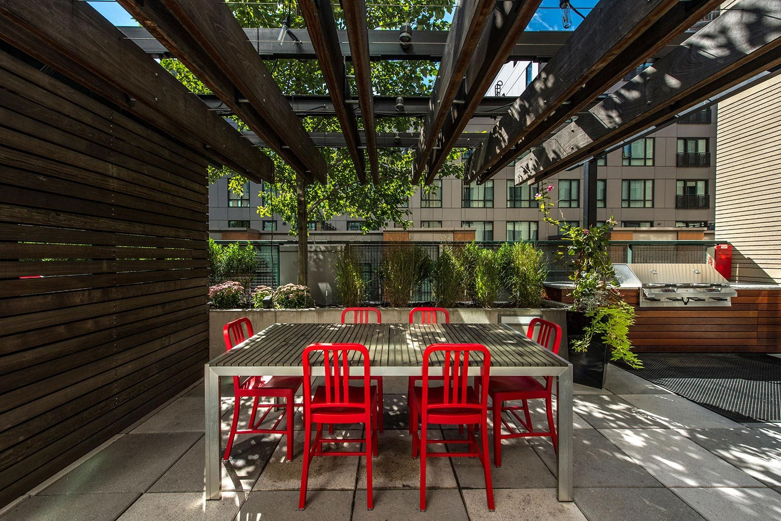 BBQ Grills and Outdoor Dining Area at The Victor by Windsor, 110 Beverly St, MA