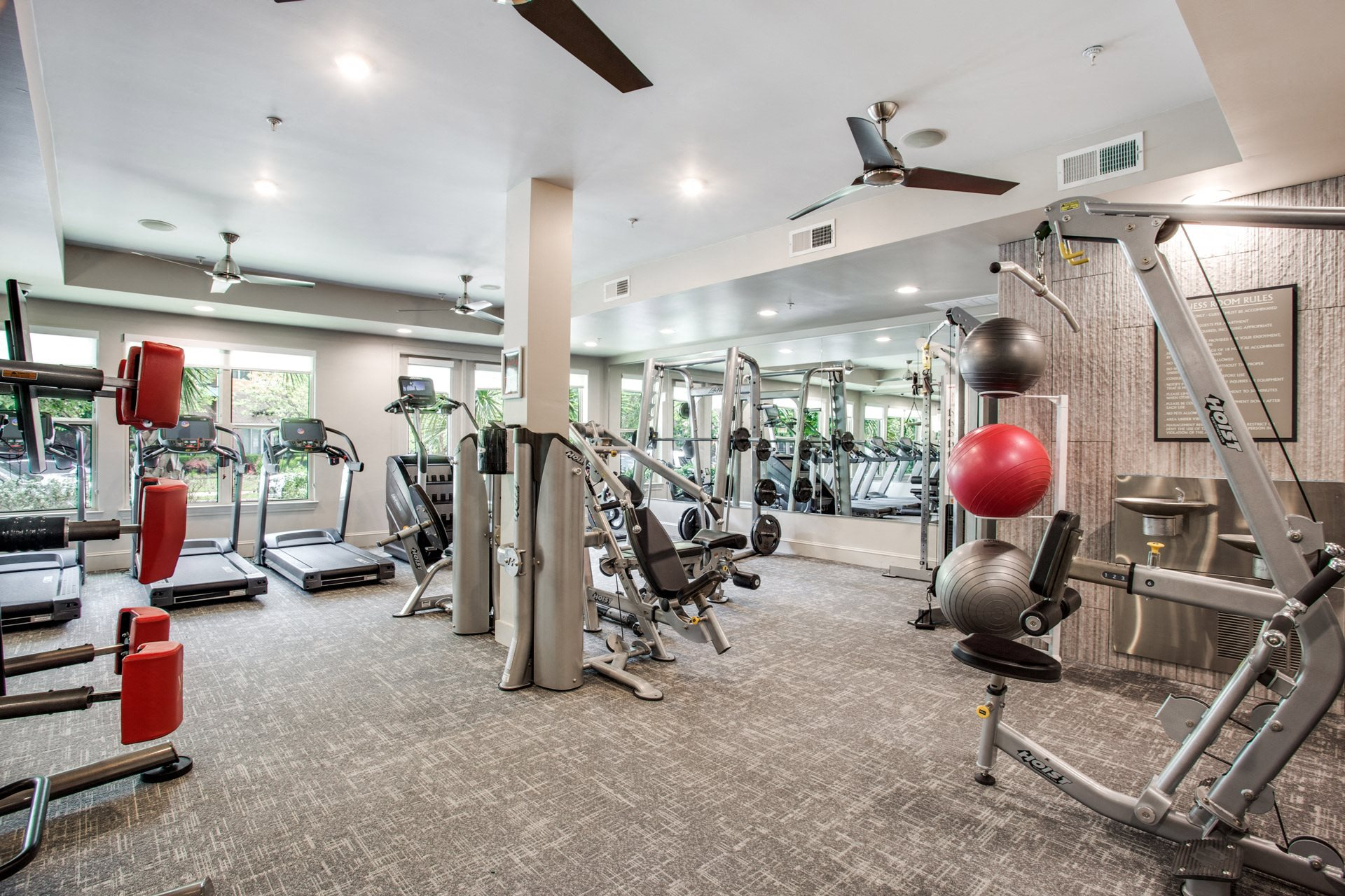 Fully-Equipped Fitness Center at Windsor West Lemmon, Dallas, 75209