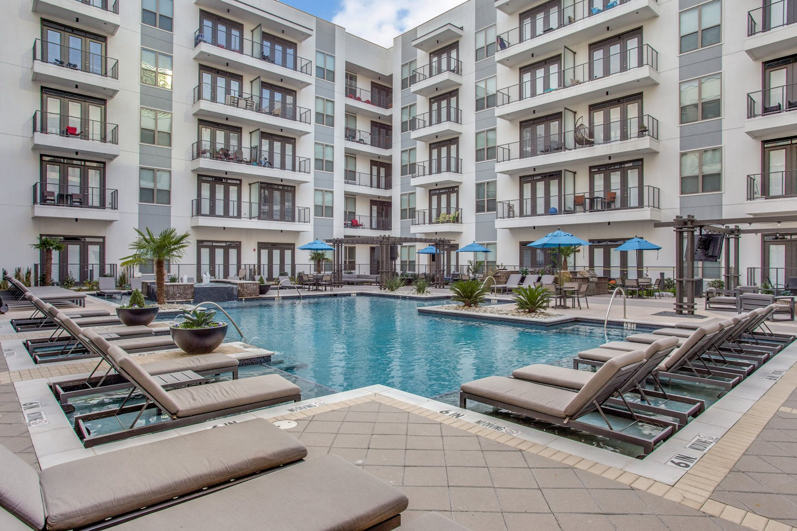 Pool Side Tanning Area at Windsor CityLine, Richardson, Texas