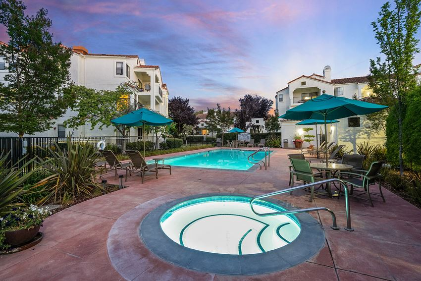 Resort-Style Pool at Mission Pointe by Windsor, Sunnyvale, CA