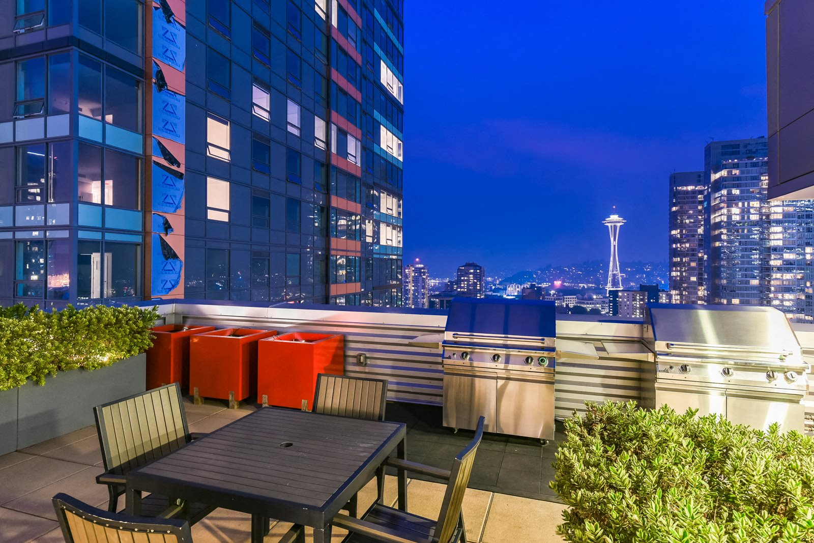 Incredible Views Of The Seattle Skyline at The Martin, 2105 5th Ave, Seattle