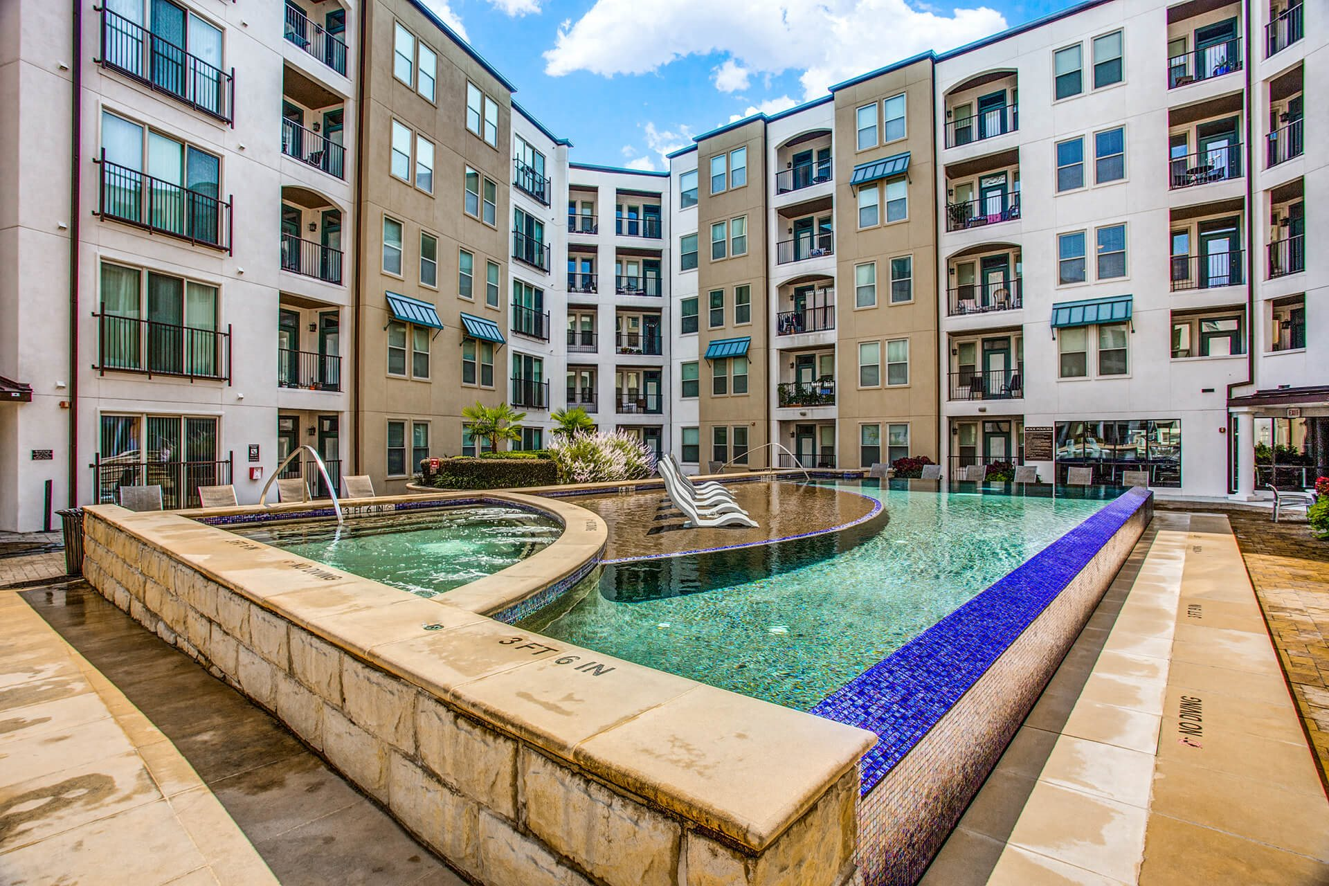 Stunning Pool and Spa at The Monterey by Windsor, Dallas, Texas
