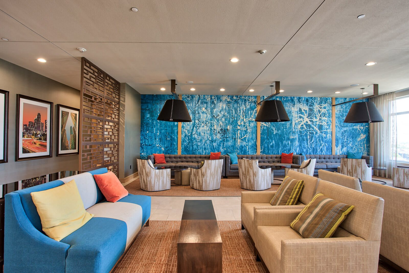 Relaxing Resident Lounge at The Jordan by Windsor, 2355 Thomas Ave, Dallas