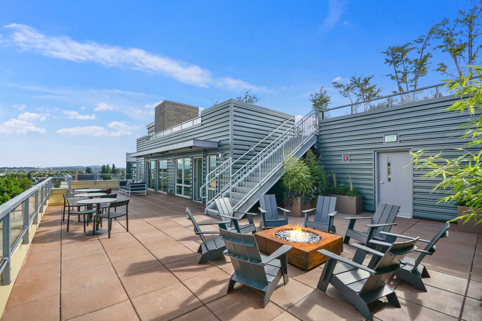 Picnic and BBQ Area on Rooftop at The Whittaker, Seattle, WA