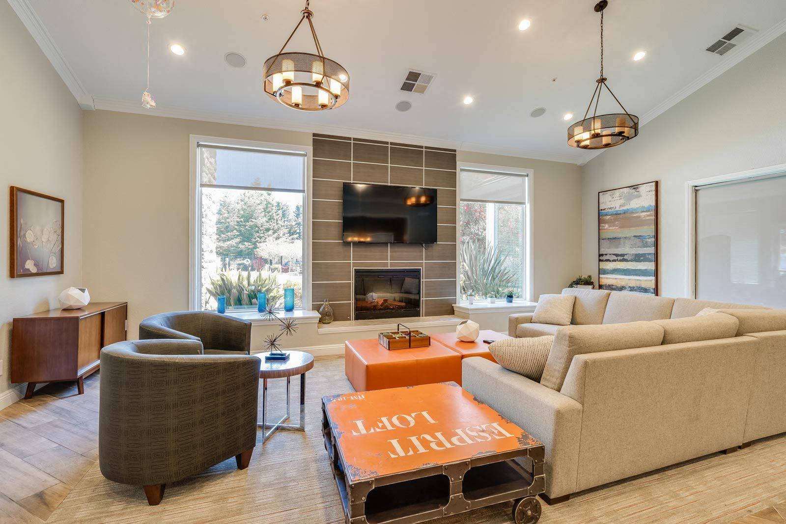 Resident Lounge Area at Windsor at Redwood Creek, Rohnert Park, California