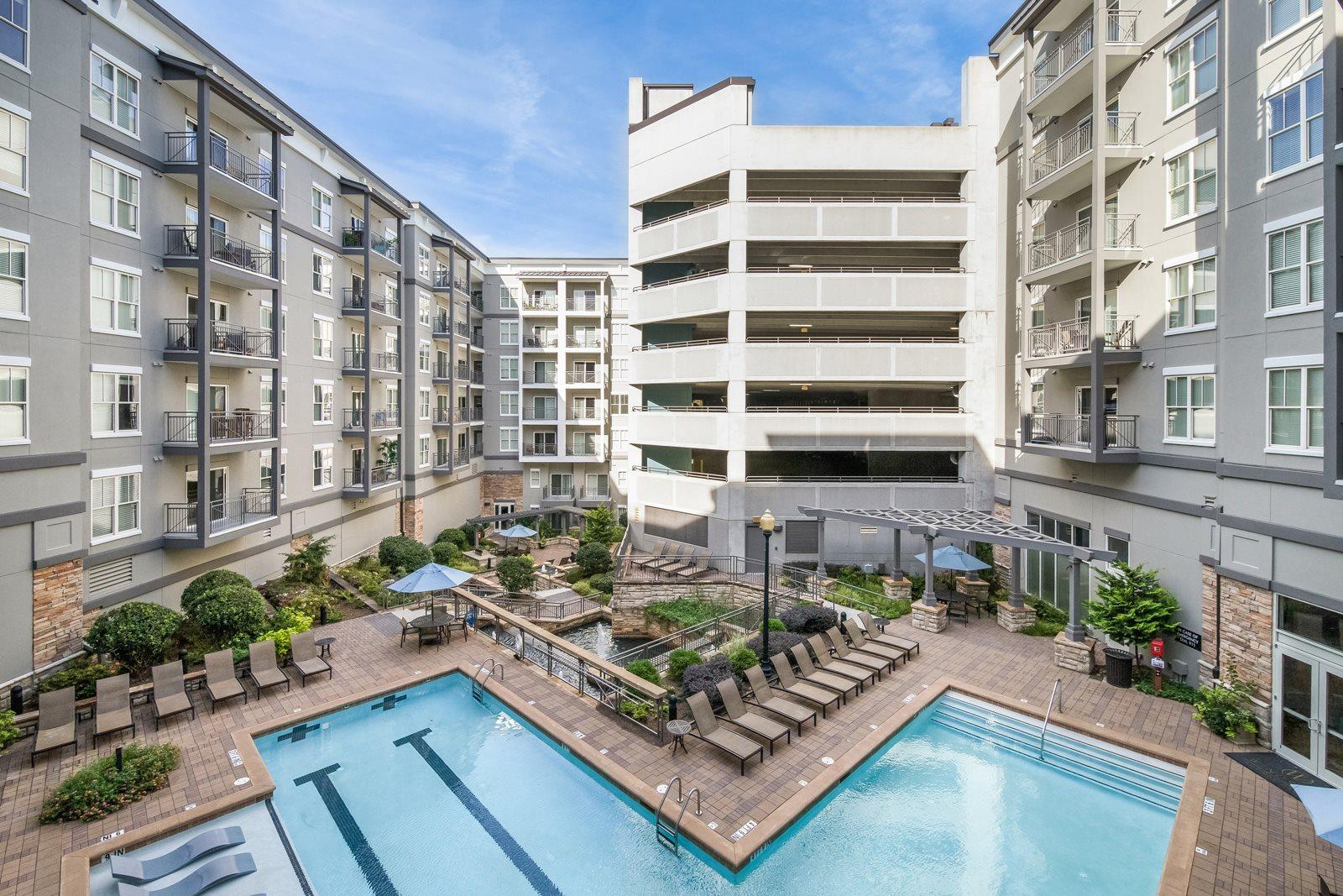Courtyard with Pools, Fountains, and Waterfalls at Windsor at Brookhaven, Atlanta, GA