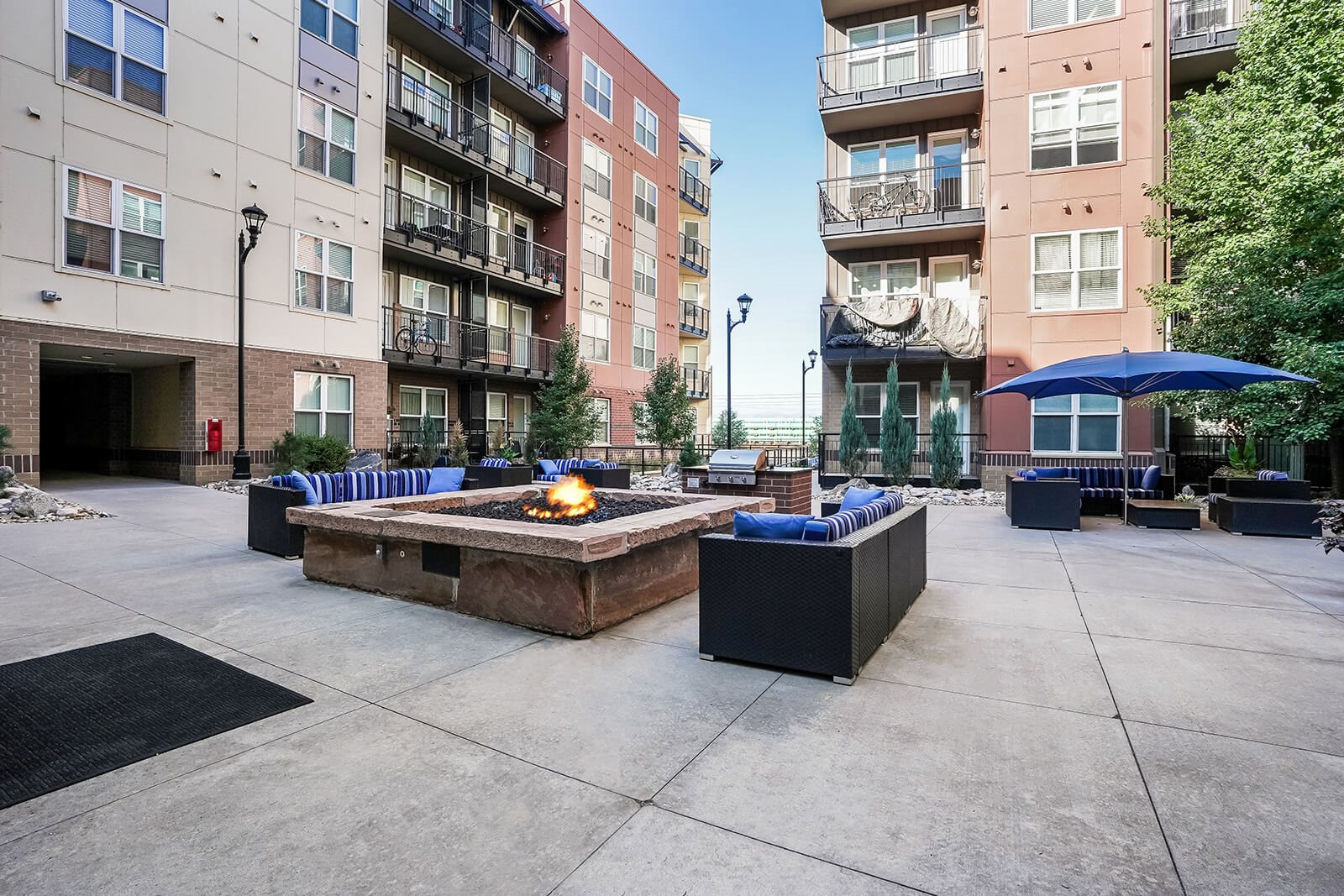 Landscaped Courtyard with Fire Pit at Windsor at Broadway Station, 80210, CO