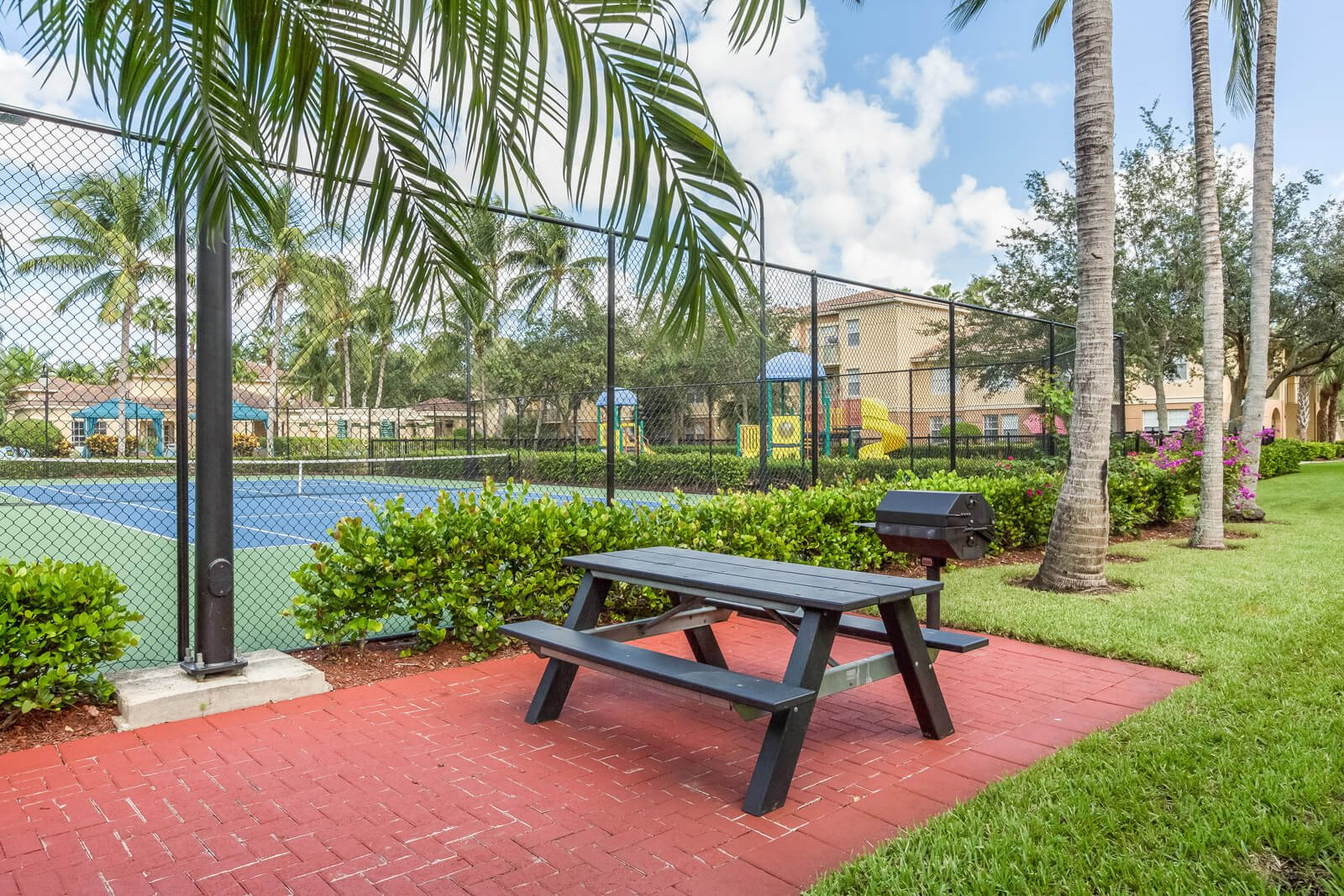 Community Grilling Stations and Picnic Tables at Windsor at Miramar, 33027, FL