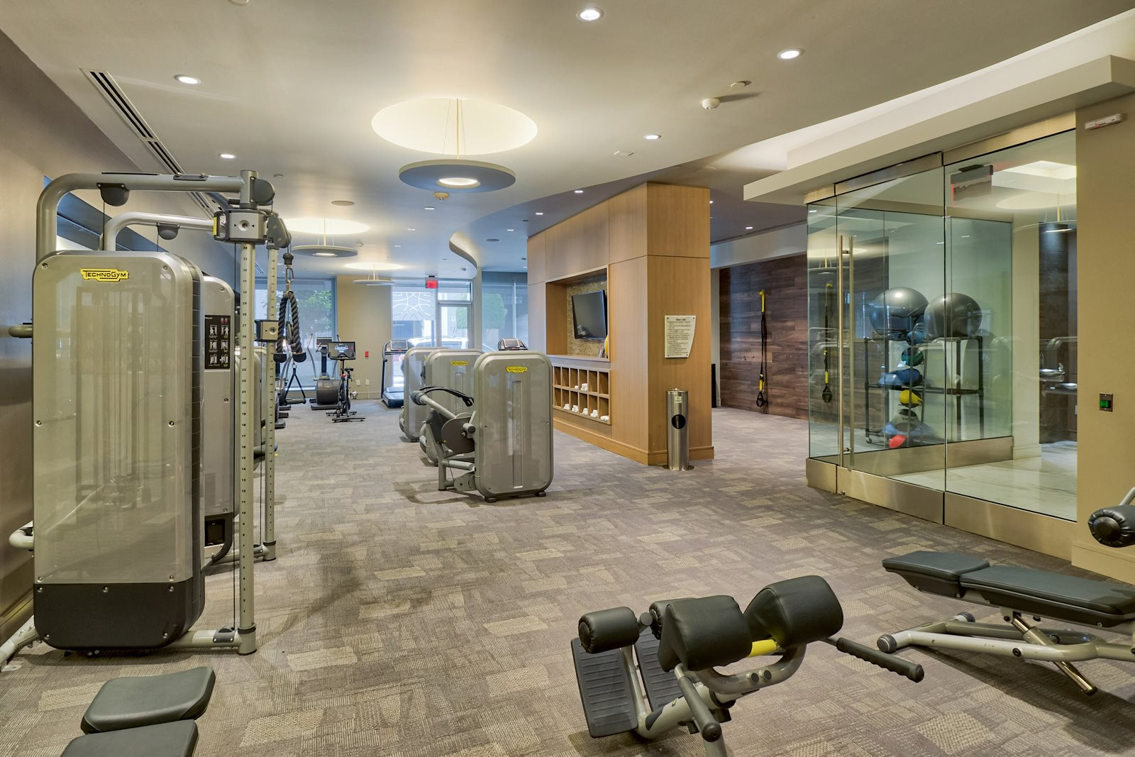 24/7 Fitness Center at Olympic by Windsor, Los Angeles, CA