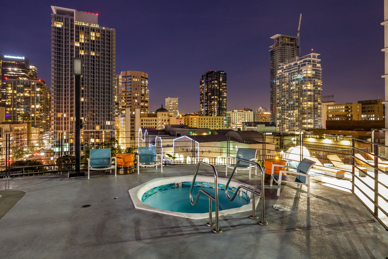 Relaxing Jacuzzi at Renaissance Tower, Los Angeles, 90015