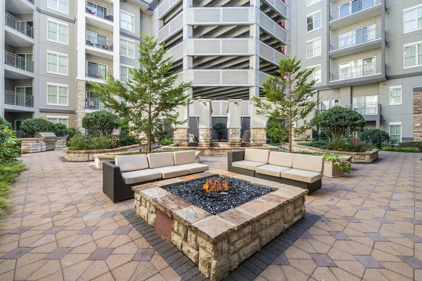 Relaxing Outdoor Lounge Area with Fire Pit at Windsor at Brookhaven, Atlanta, GA