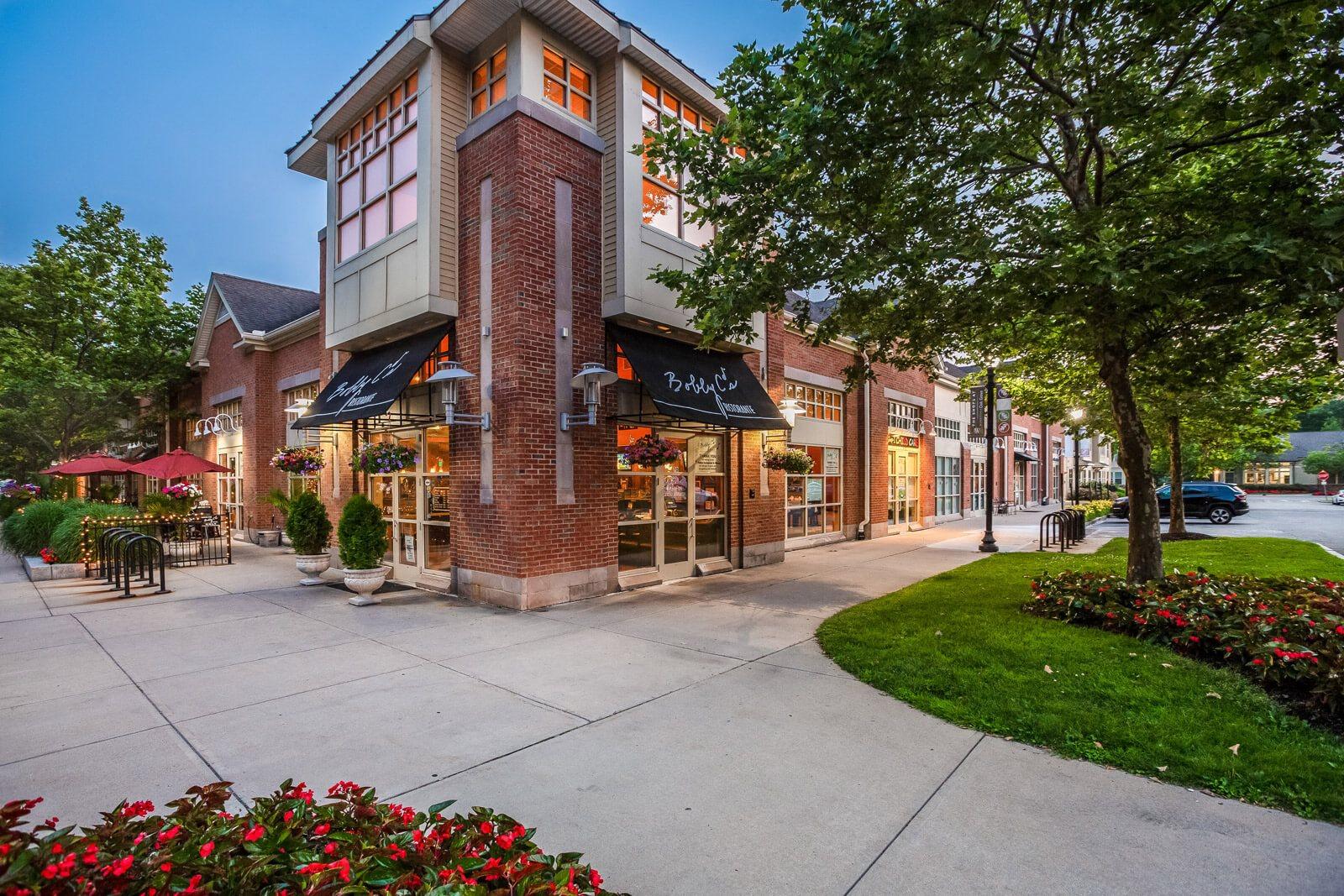On-Site Retail at Windsor at Oak Grove, Melrose, Massachusetts